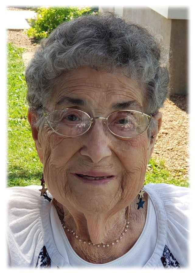 Agnes  Medo