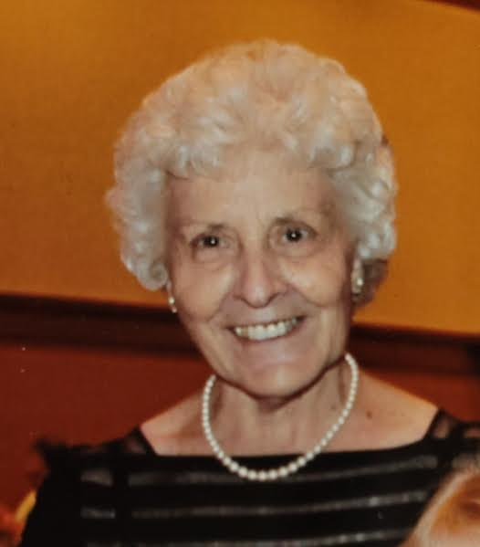 Gladys M Lane