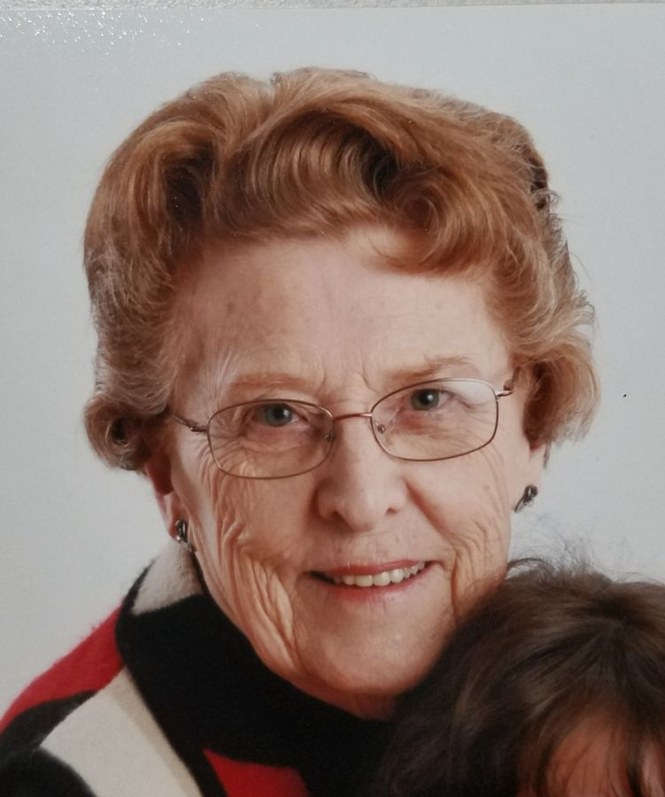Jacqueline E White