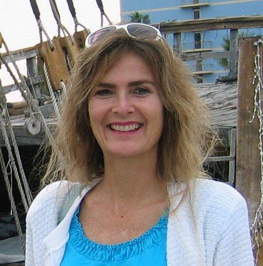 Angela  Geré  Casteel