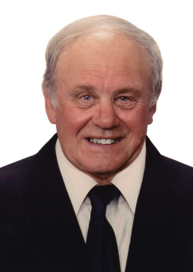 Derek  J.  Thomsett