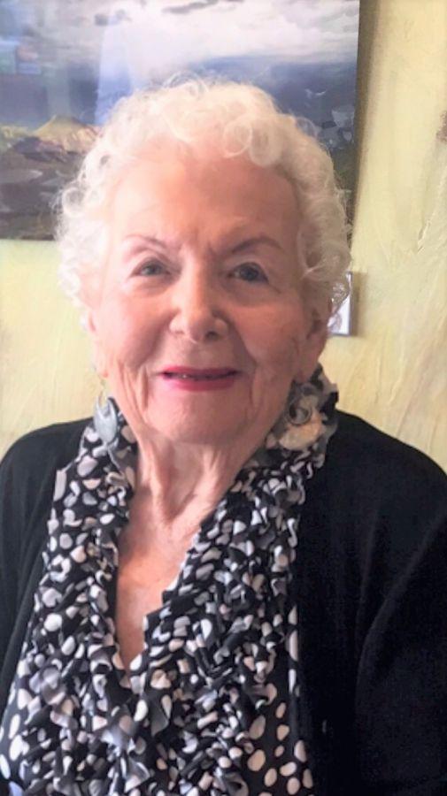 Muriel H Pizer
